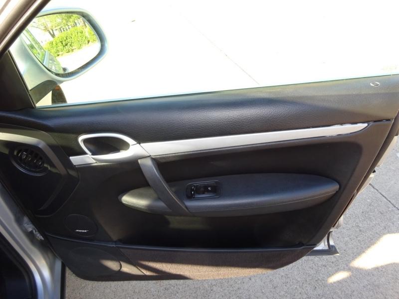 Porsche Cayenne 2006 price $8,995