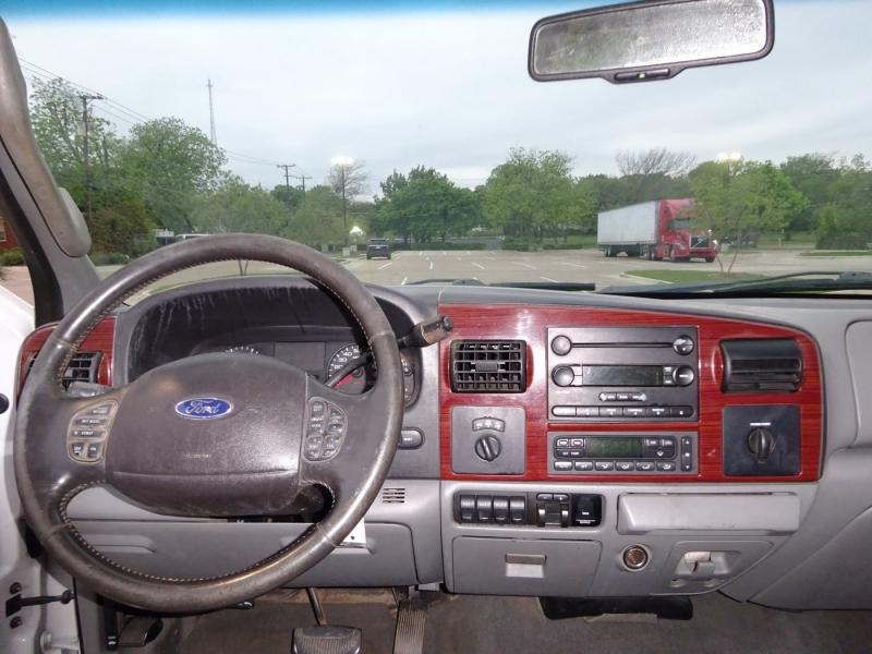 Ford Super Duty F-350 SRW 2006 price $15,950