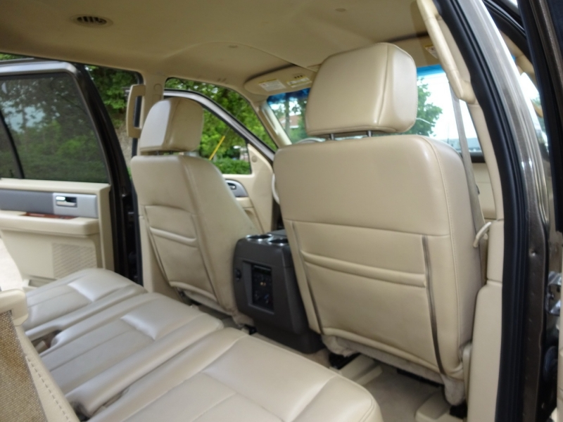 Ford Expedition 2008 price $8,900
