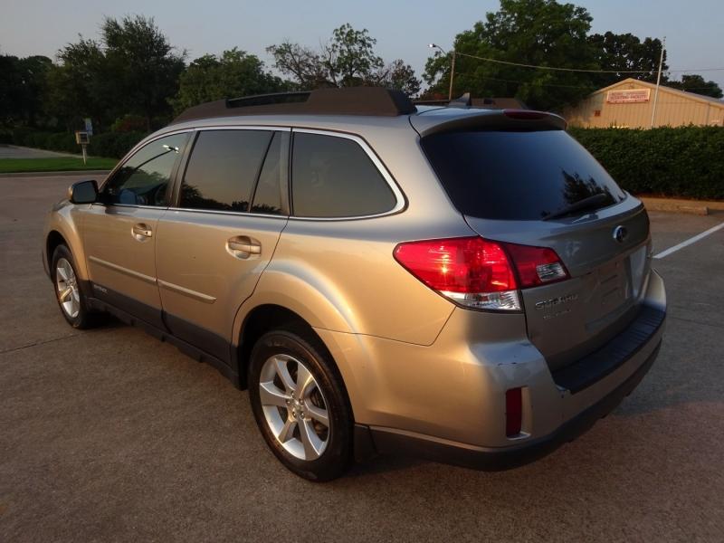 Subaru Outback 2014 price $12,995