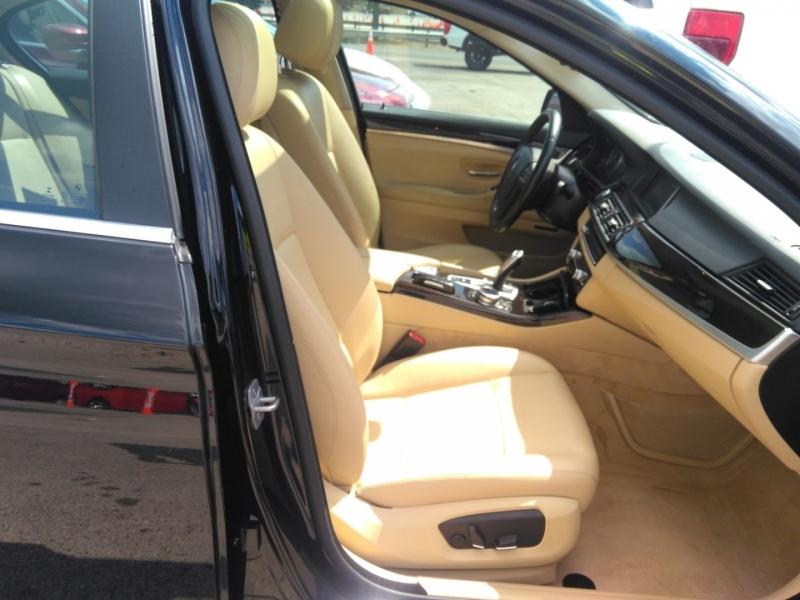 BMW 5-Series 2014 price $17,900