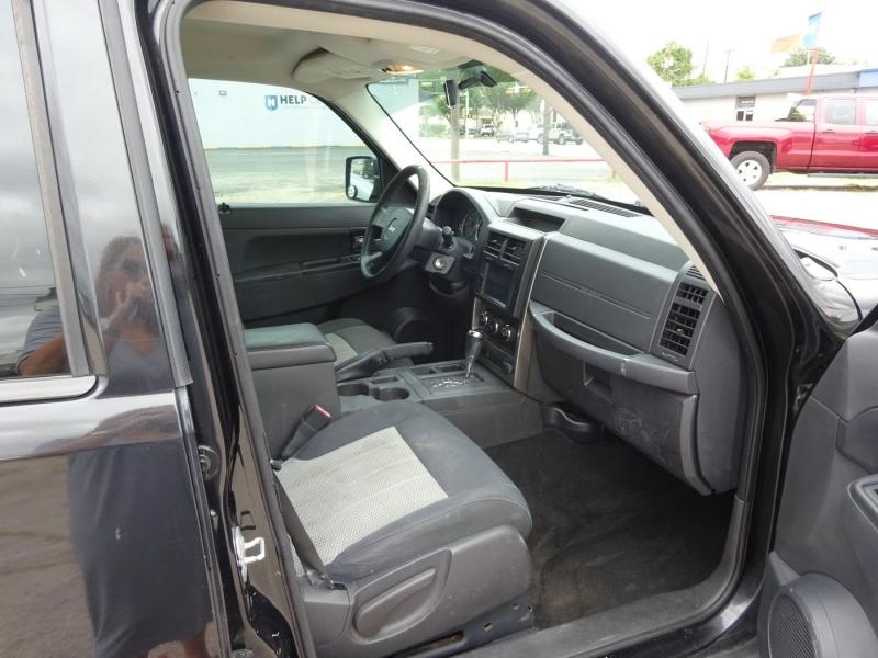 Jeep Liberty 2010 price $6,900