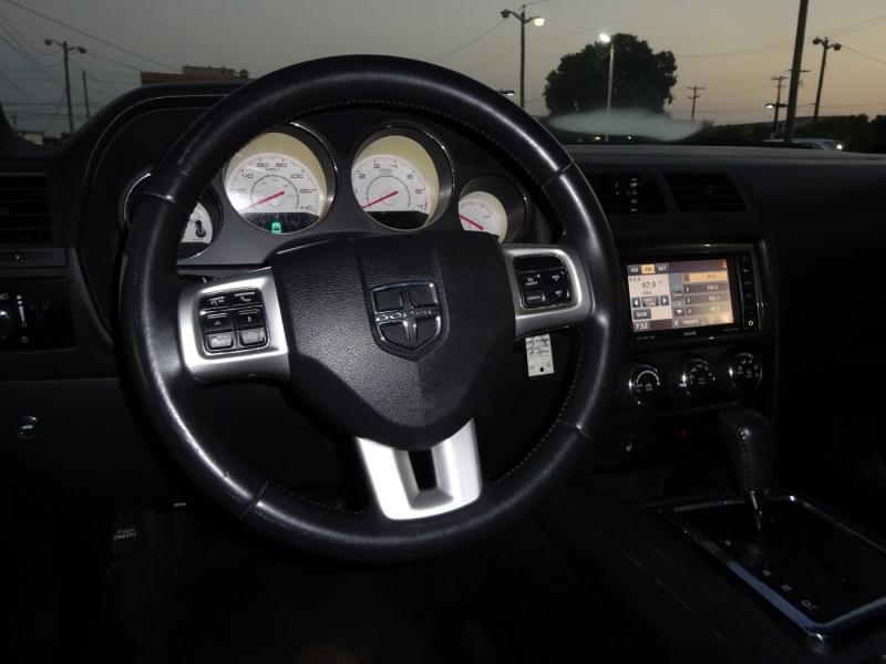Dodge Challenger 2012 price $10,900