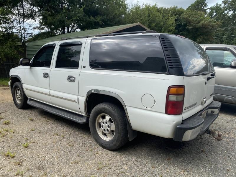 Chevrolet Suburban 2003 price $5,999