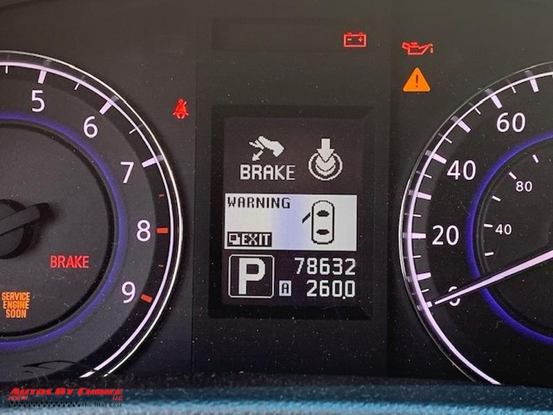 Infiniti G37 Convertible 2010 price $11,900