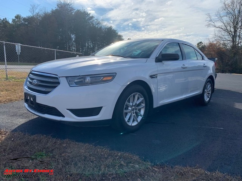 Ford Taurus 2015 price $9,400
