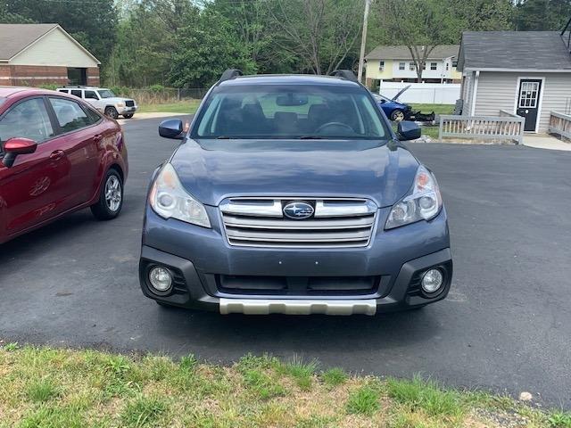 Subaru Outback 2013 price $10,500
