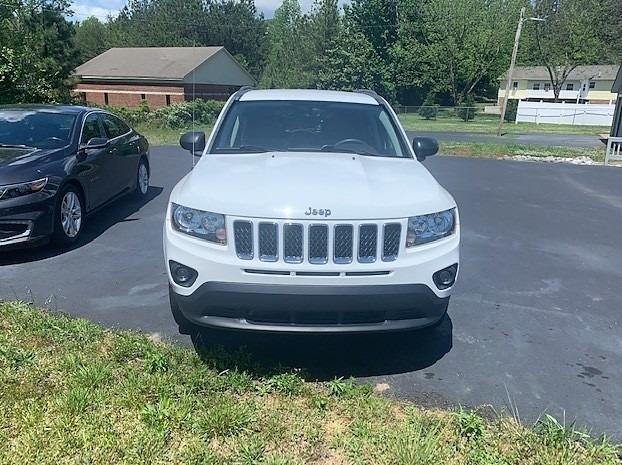 Jeep Compass 2017 price $11,400