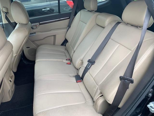 Hyundai Santa Fe 2011 price $9,400
