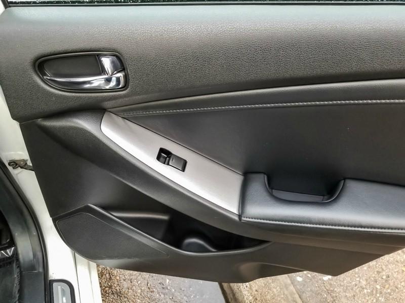 Nissan Altima 2012 price $6,888