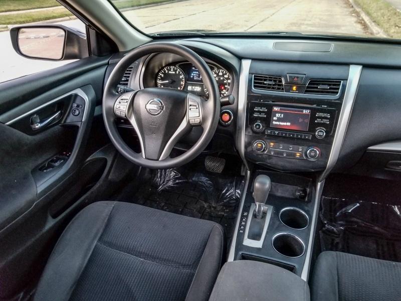Nissan Altima 2015 price $15,888 Cash