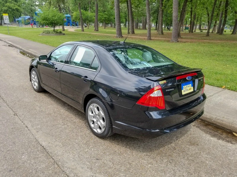 Ford Fusion 2011 price $5,888
