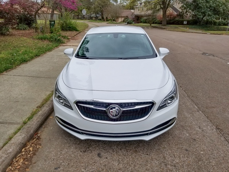 Buick LaCrosse 2018 price $20,488