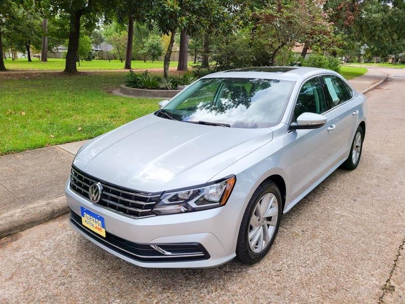 Volkswagen Passat 2018 price $14,888