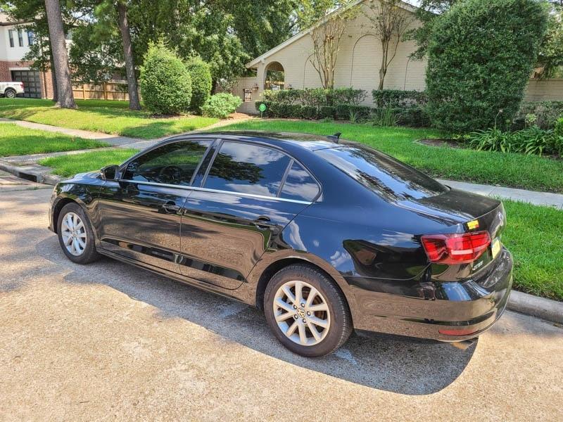 Volkswagen Jetta 2017 price $13,888