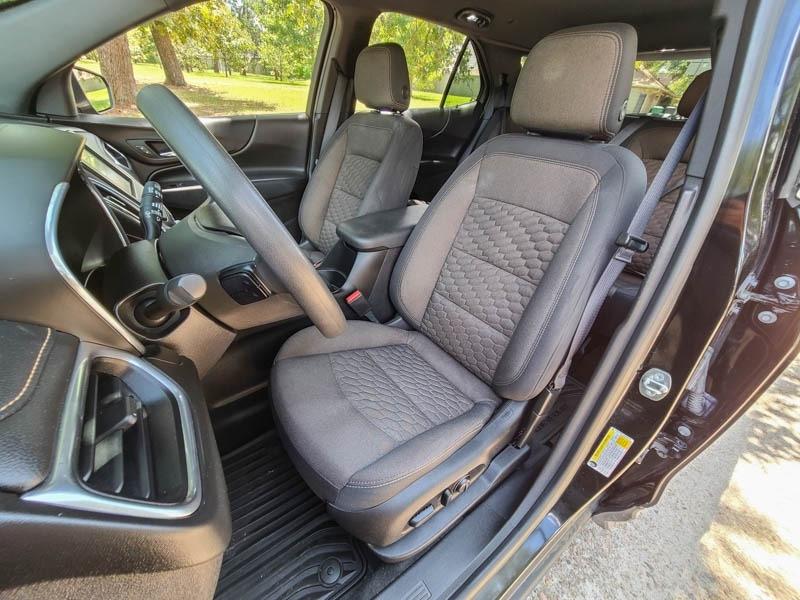 Chevrolet Equinox 2018 price $17,488