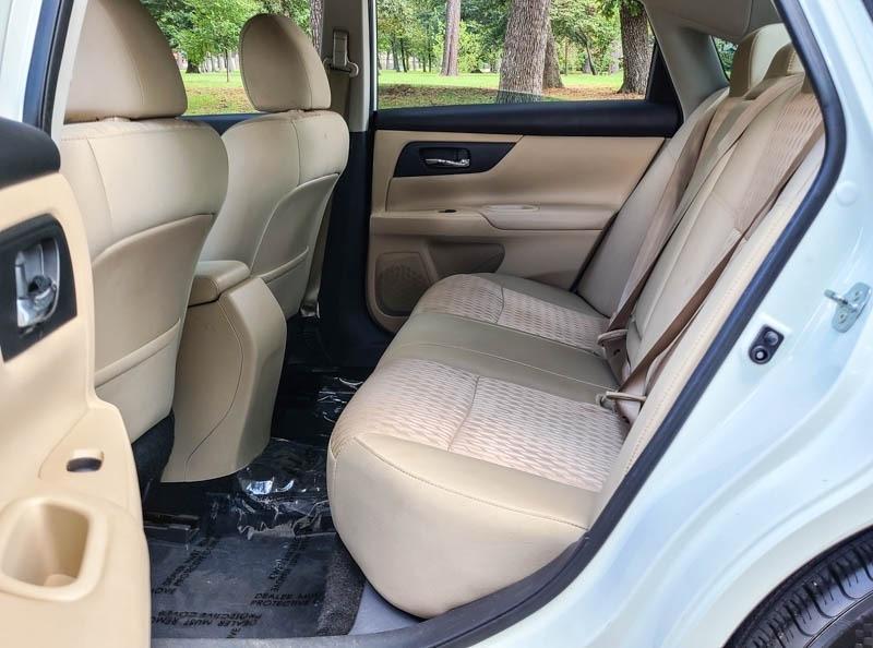 Nissan Altima 2017 price $12,488