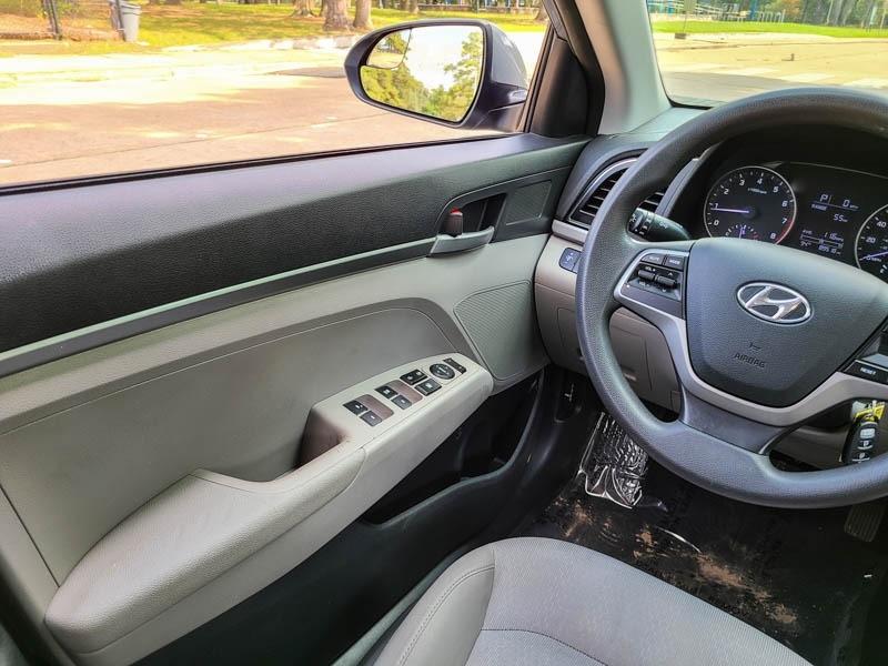 Hyundai Elantra 2017 price $10,888