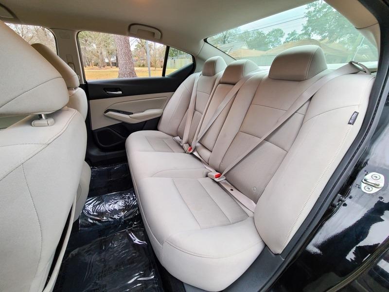 Nissan Altima 2019 price $19,888