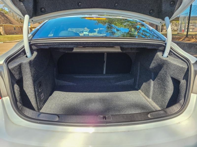 Chevrolet Impala 2018 price $17,888