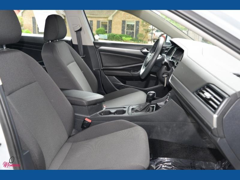 Volkswagen Jetta 2019 price $15,888