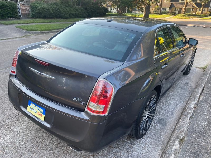 Chrysler 300 2013 price $11,888