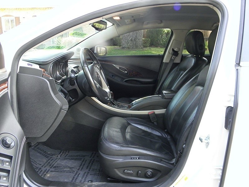 Buick LaCrosse Leather Package 2013 price $6,888 Cash