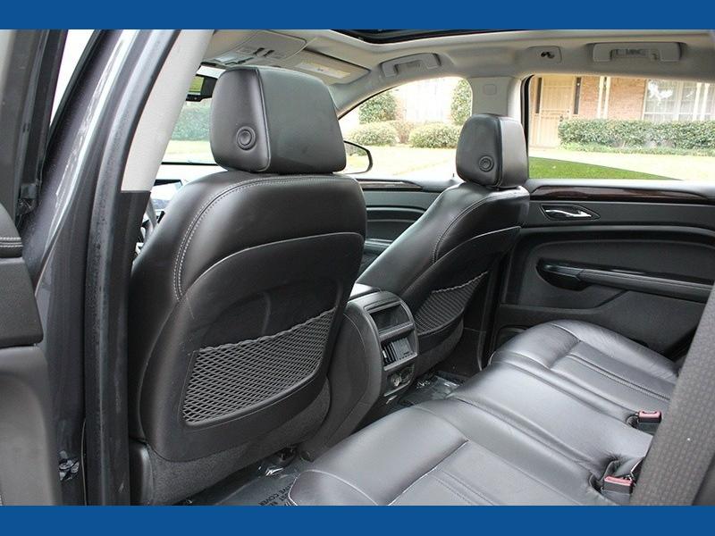 Cadillac SRX 2015 price $14,888