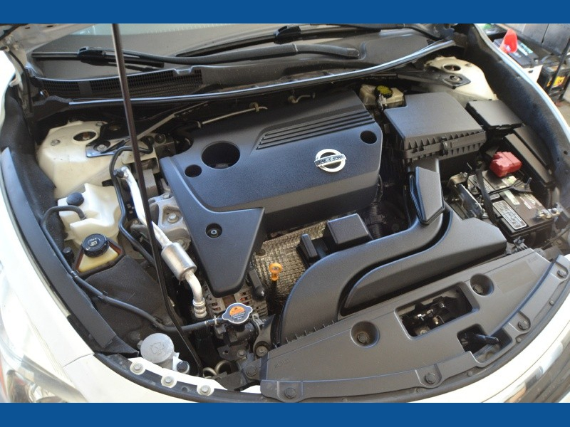 Nissan Altima 2013 price $9,350