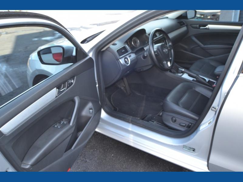 Volkswagen Passat 2013 price $0