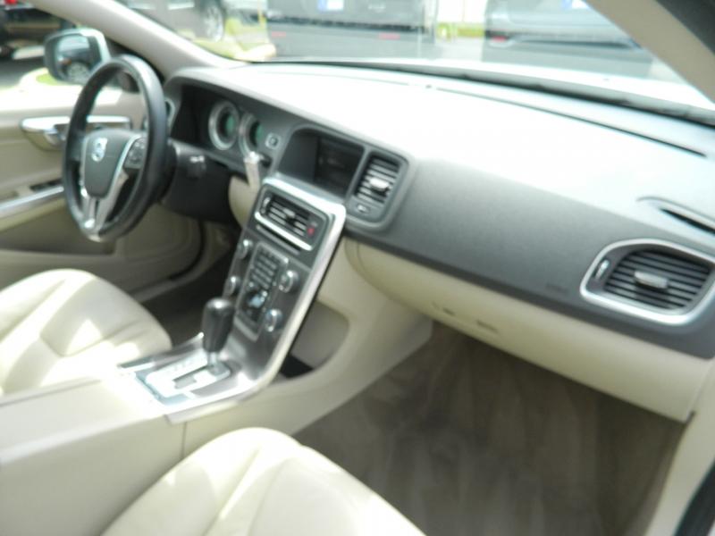 Volvo S60 2012 price $8,995
