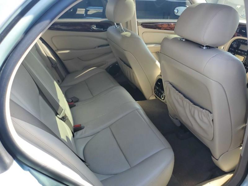 JAGUAR XJ-SERIES 2004 price $6,999