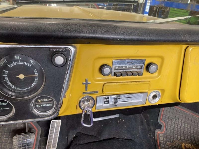 Chevrolet C/K 20 Series 1971 price $17,000