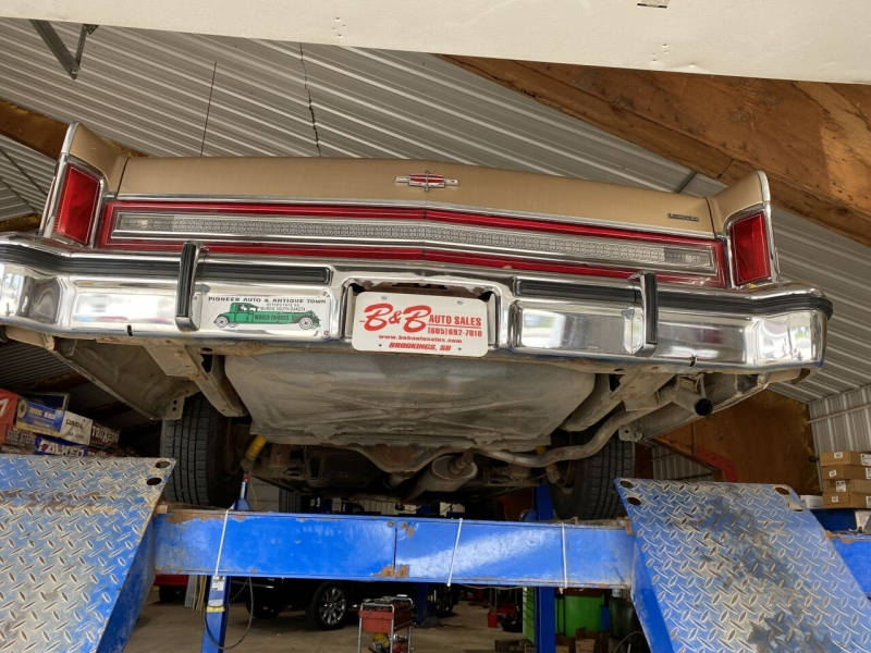 Lincoln Continental Town Car 1978 price $7,500
