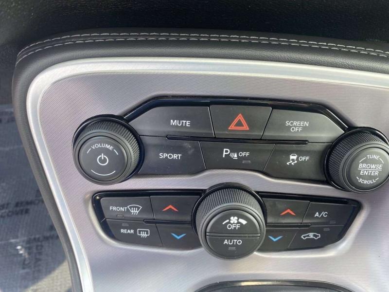 Dodge Challenger 2019 price $36,000