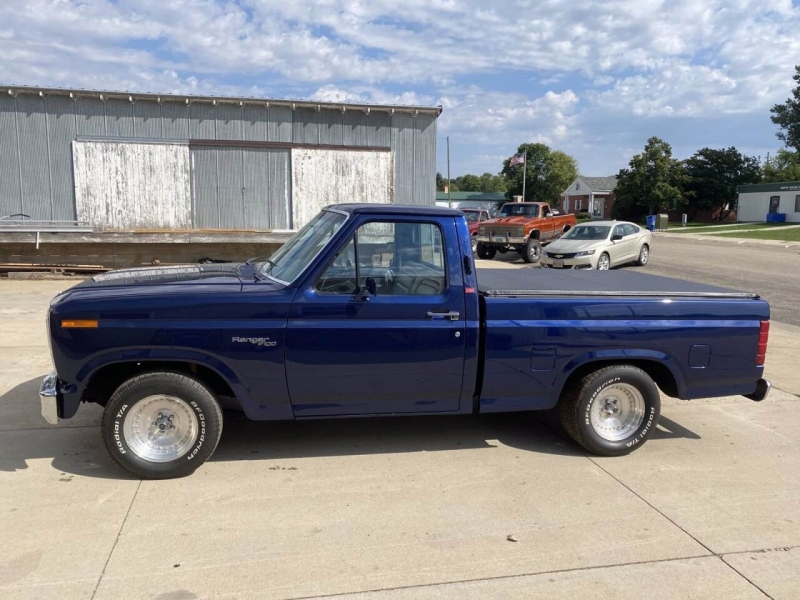 Ford F-100 1981 price $25,000