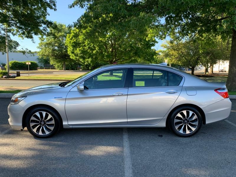 Honda Accord Hybrid 2014 price $10,500