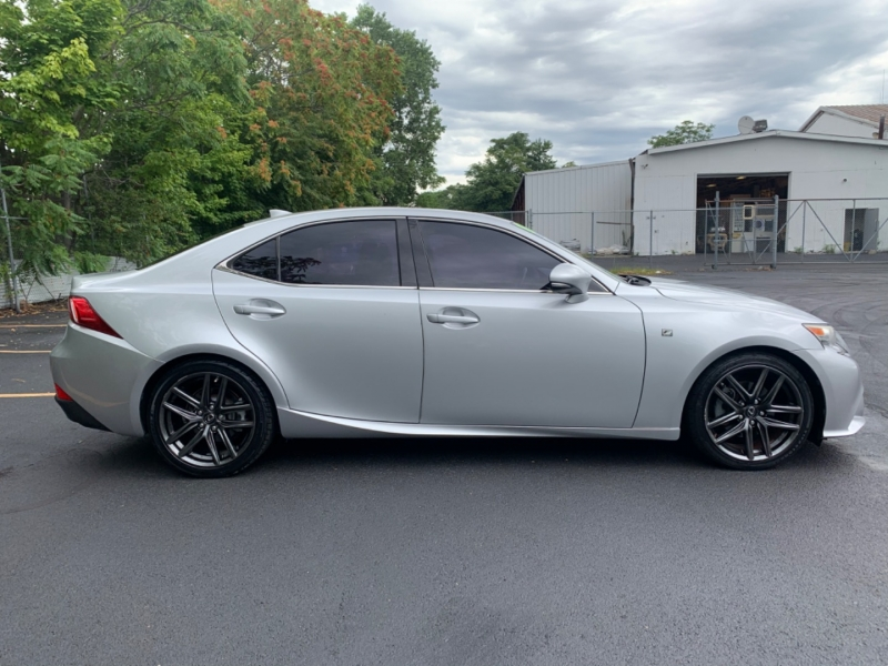 Lexus IS 250 2014 price $15,999