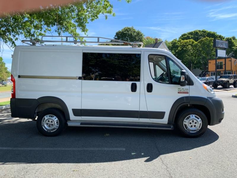 RAM ProMaster Cargo Van 2016 price $18,999