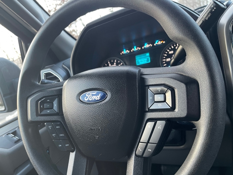 Ford F-150 2016 price $27,999