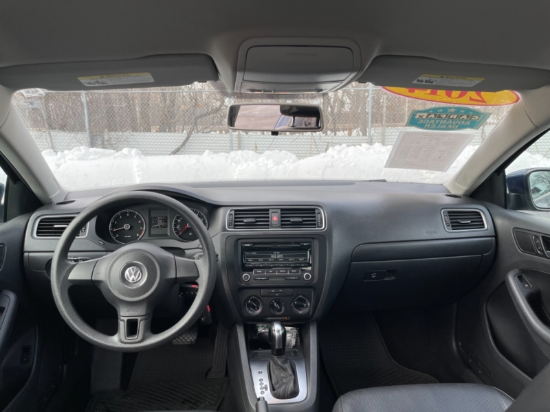 Volkswagen Jetta Sedan 2014 price $8,999