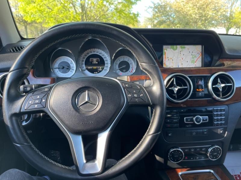 Mercedes-Benz GLK-Class 2013 price $15,999