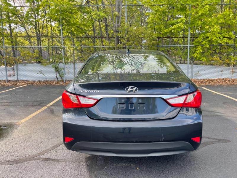 Hyundai Sonata 2014 price $9,999