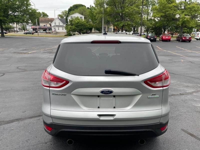 Ford Escape 2013 price $12,999
