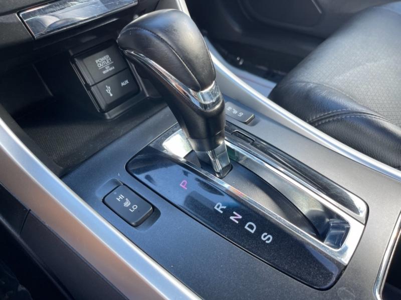 Honda Accord Cpe 2013 price $15,999