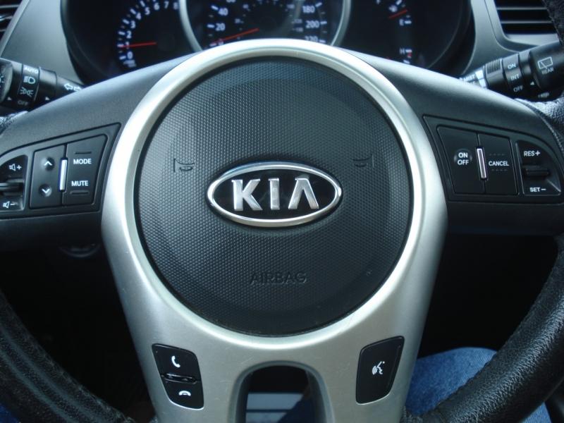 Kia Soul 2012 price $7,490