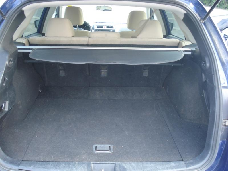 Subaru Outback 2015 price $11,990