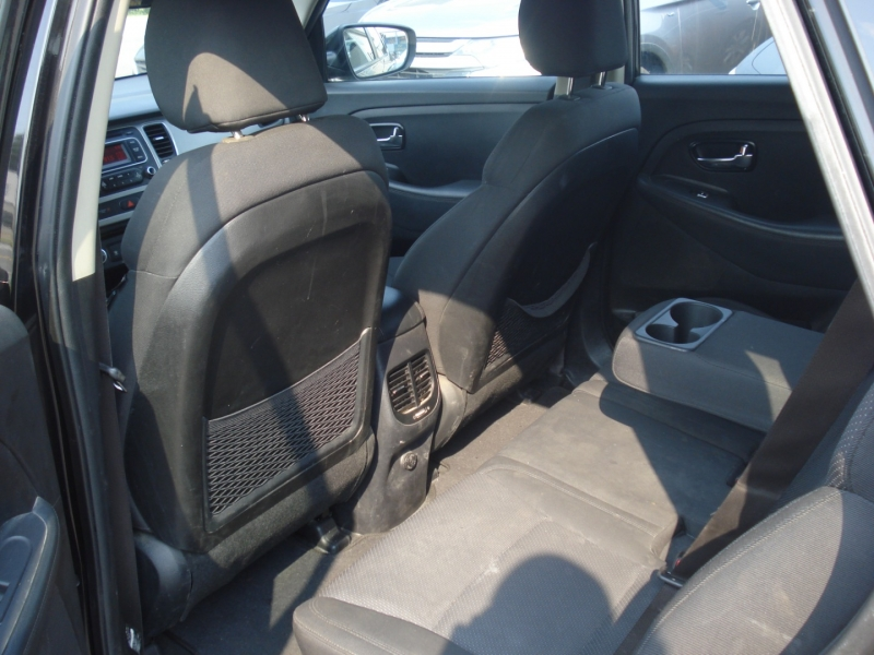 Kia Rondo 2014 price $5,990