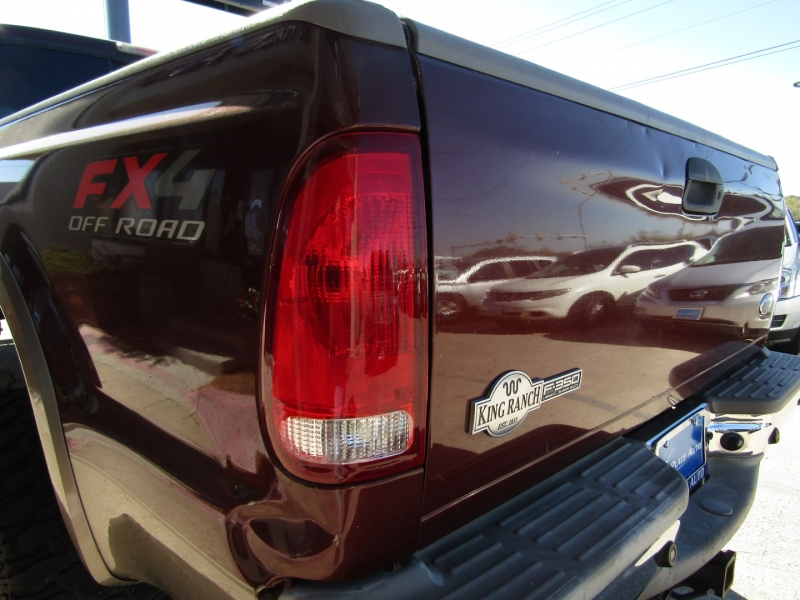 Ford Super Duty F-350 SRW 2006 price CALL FOR PRICE