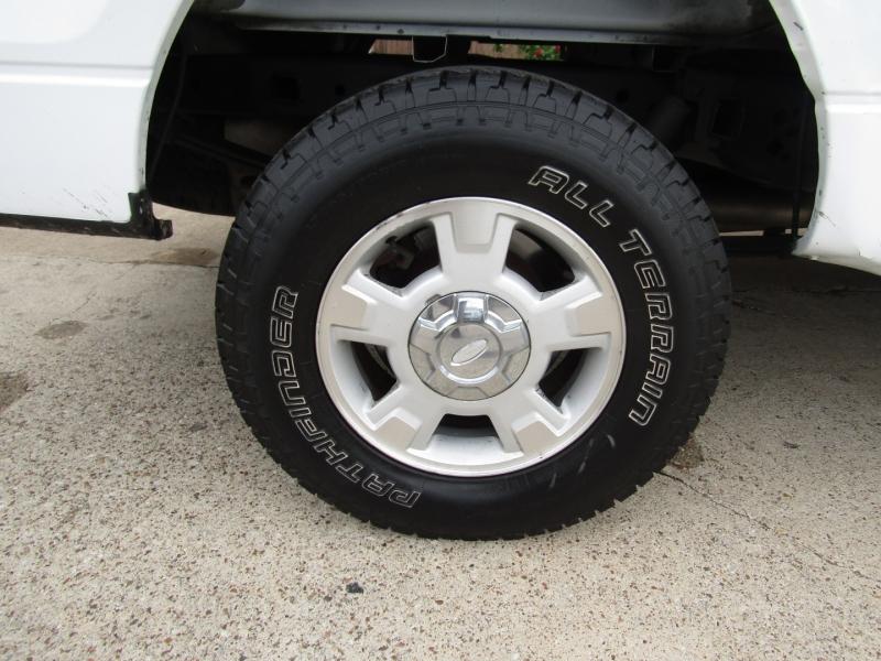 Ford F-150 2010 price $12,490 Cash